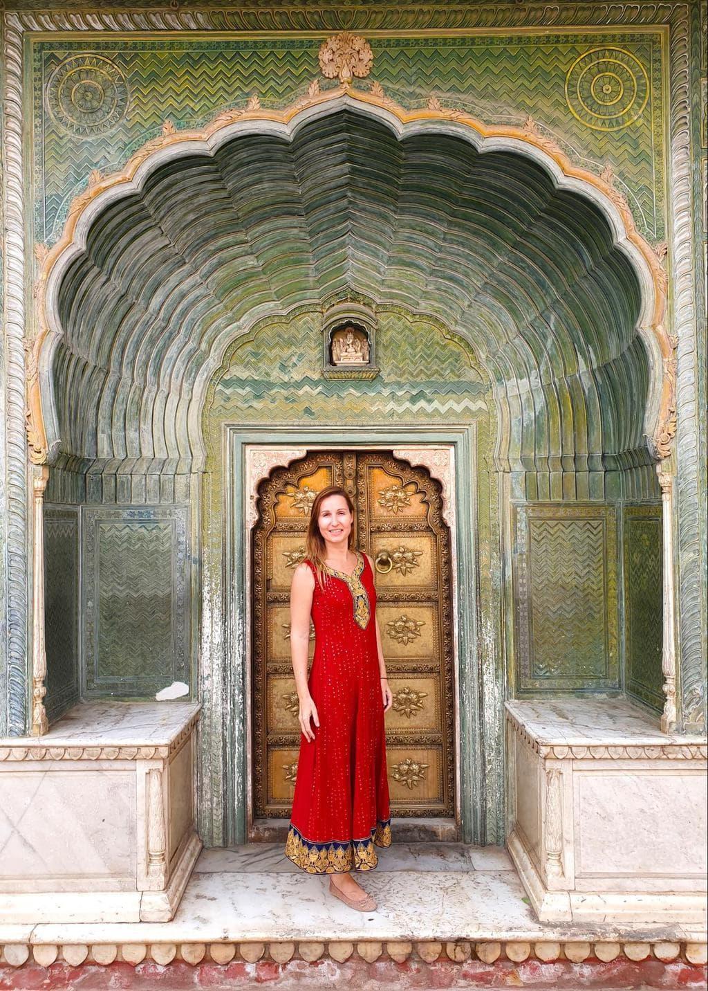 The beautiful gates at Jaipur's City palace 01