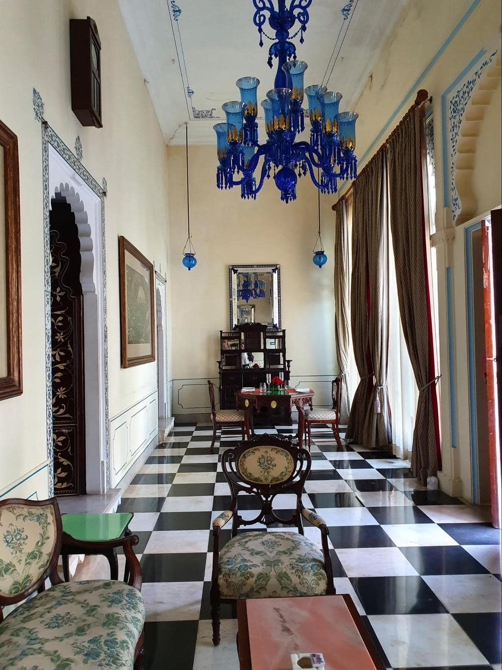 The vestibule of the Imperial Suite at Shiv Niwas Palace 01