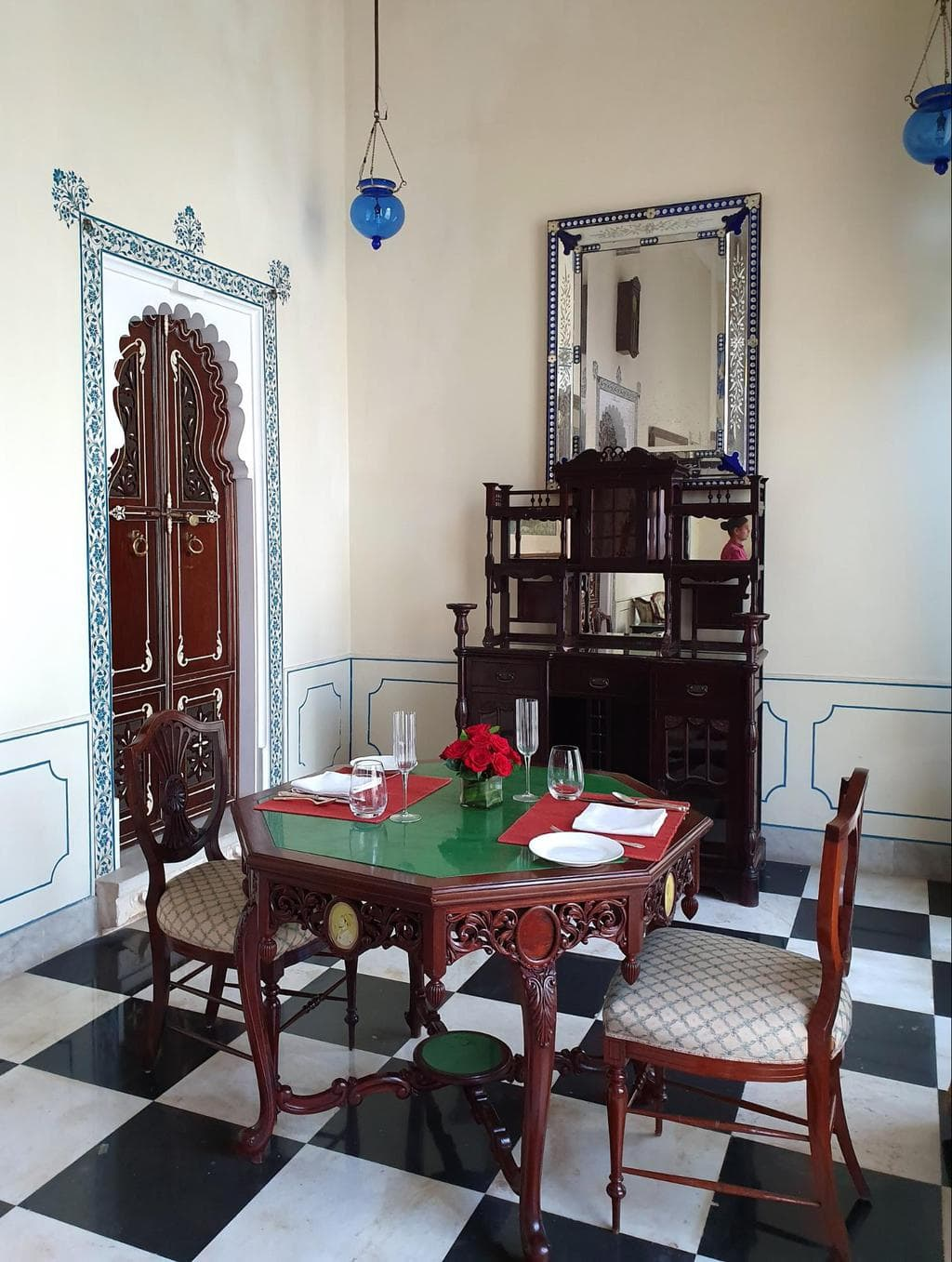 The vestibule of the Imperial Suite at Shiv Niwas Palace 02