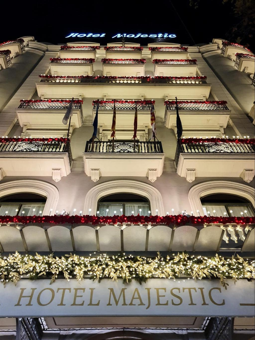 Majestic Hotel & Spa Barcelona Christmas facade decorations