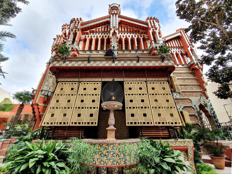 Tha back facade of Casa Vicens
