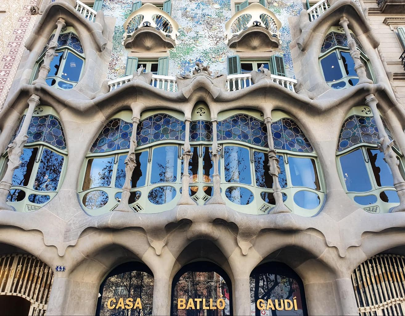 The facade of Casa Batllo