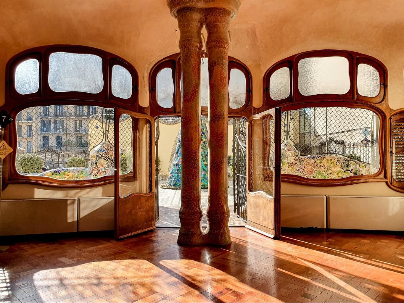 The noble floor of Casa Batllo 02