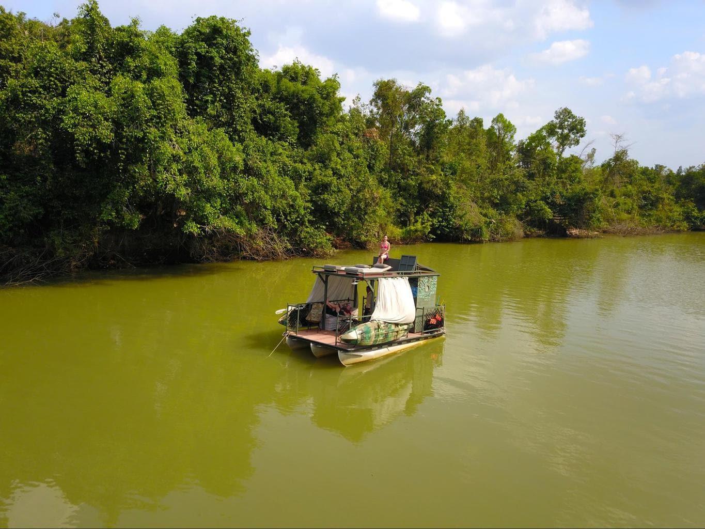 River boating experience at Shinta Mani Wild