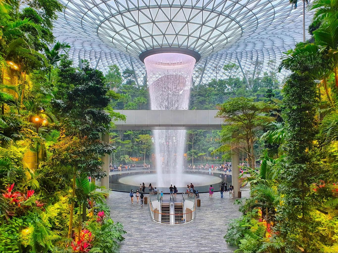 Changi Jewel waterfall