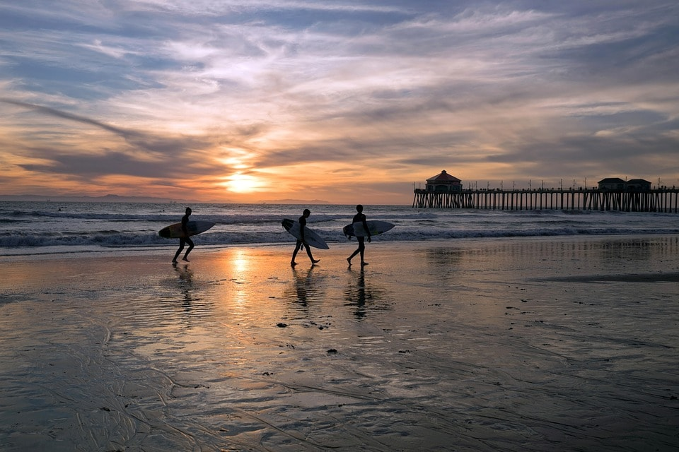 Learn to surf at Huntington Beach