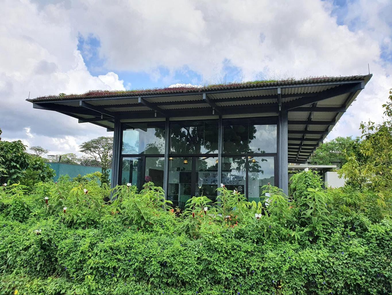 Sembawang Hot Spring Park hawker center