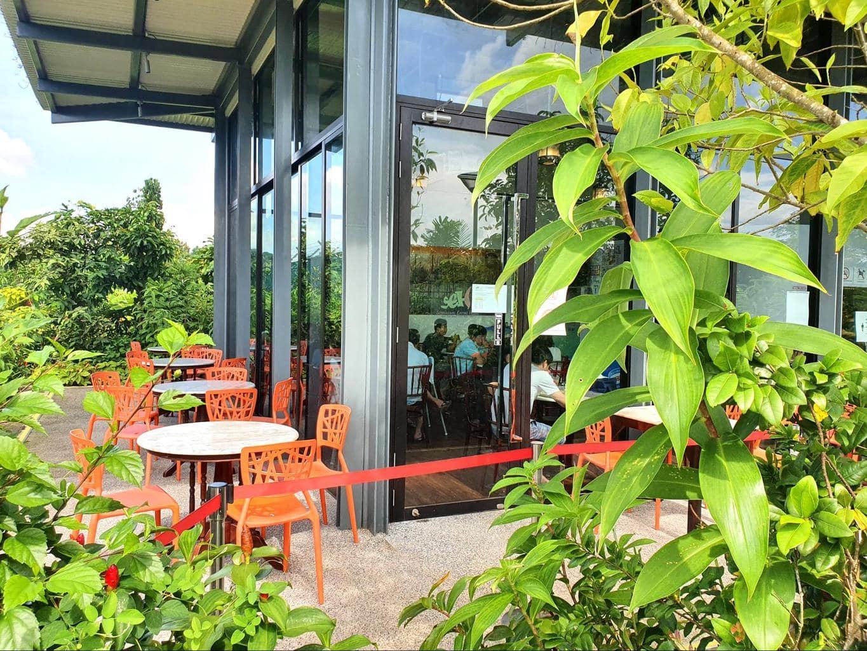 Sembawang Hot Spring Park outdoor seating