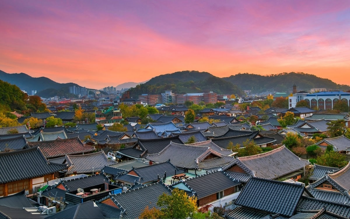 Image of Jeonju Hanok Village from above