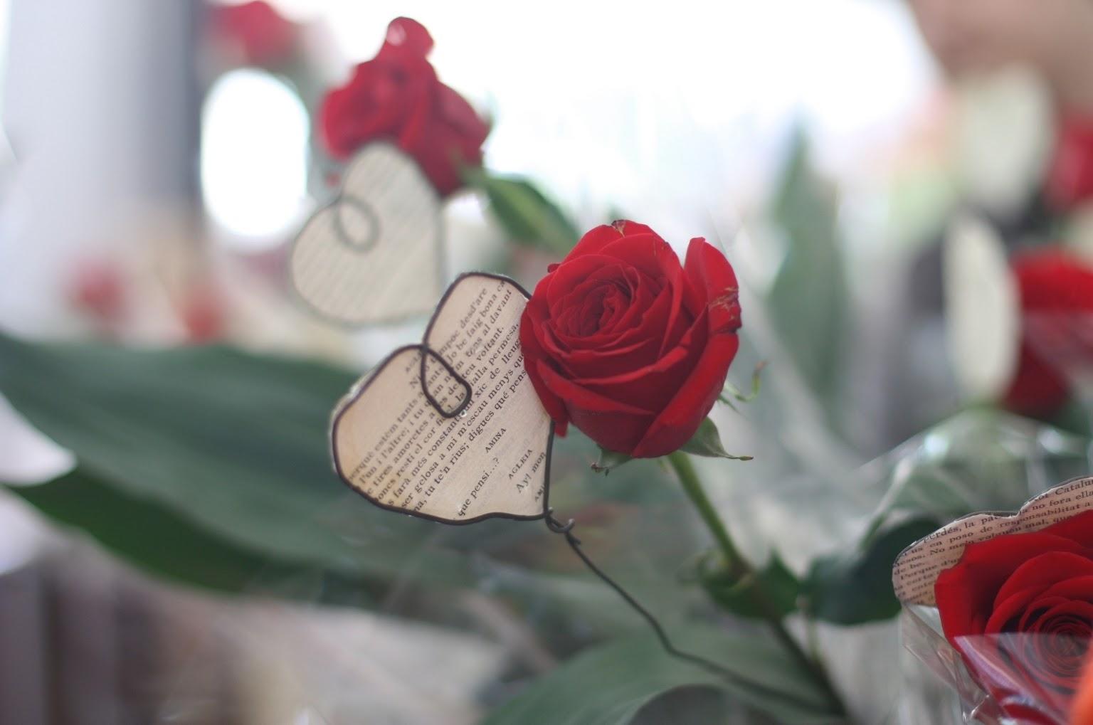 Día de Sant Jordi is Barcelona's Valentine's Day