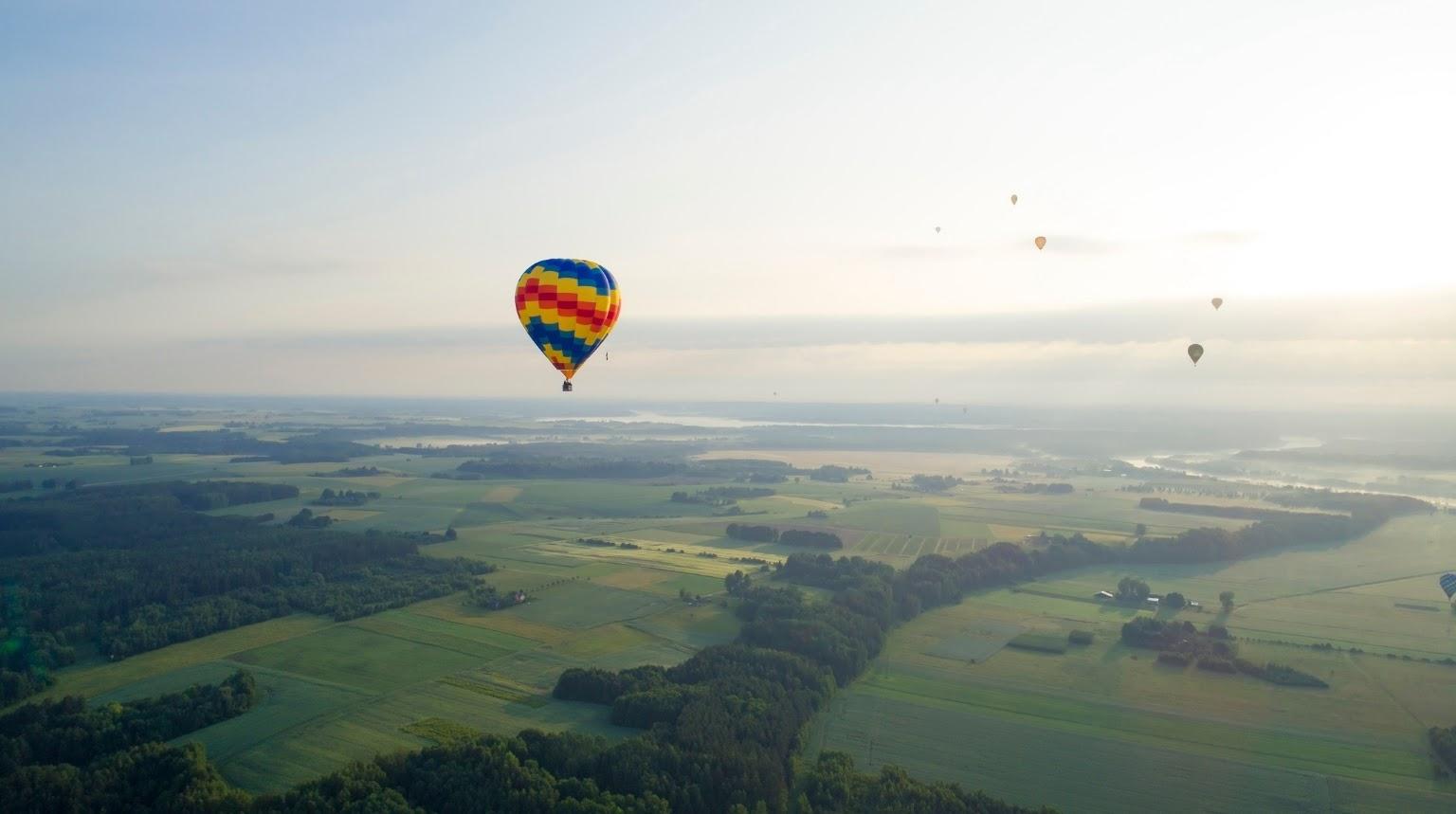 Lithuanians love hot air balloons